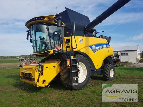 New Holland CR 8.90 Year of Build 2016 Calbe / Saale