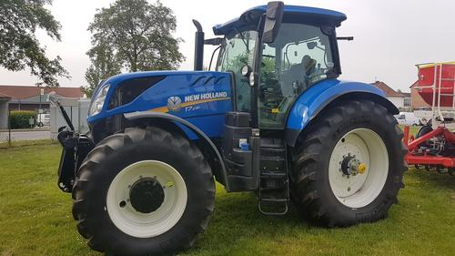 New Holland T 7.230 Power Command Année de construction 2017 Peine
