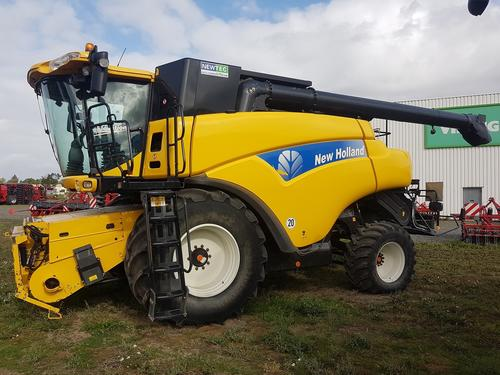 New Holland CR 9090 Elevation Baujahr 2009 Peine