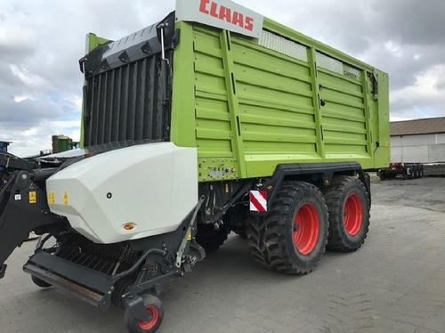 Claas Cargos 8400 Year of Build 2016 Cadenberge