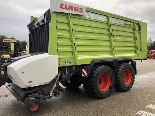 Claas Cargos 8400 anno di costruzione 2016 Cadenberge