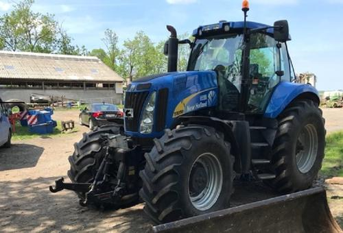 New Holland - T 8050