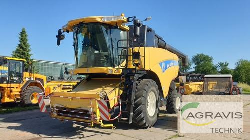 New Holland CX 8090 Year of Build 2007 Grimma