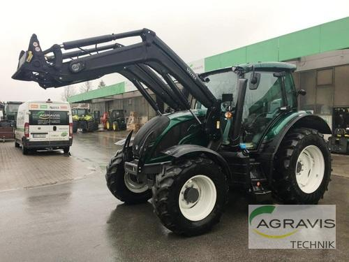 Valtra N 104 H5 1b7 Hitech Front Loader Year of Build 2019