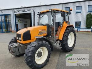 Tractor Renault - CERES 335
