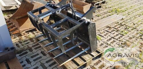 Schäffer Dung + Silagezange Baujahr 2017 Borken