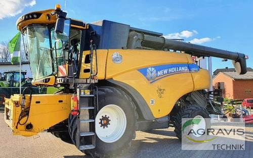 New Holland CR 8.80 Byggeår 2015 Werl-Oberbergstraße