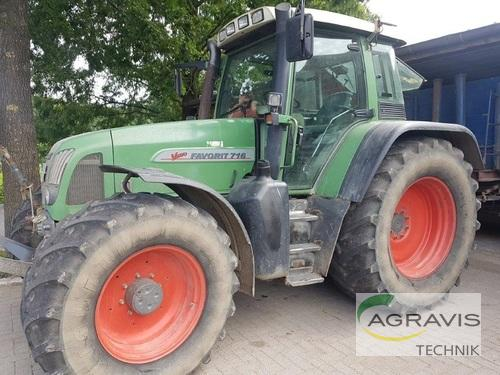 Fendt - FAVORIT 716 VARIO