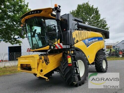 Combine Harvester New Holland - CX 5.90