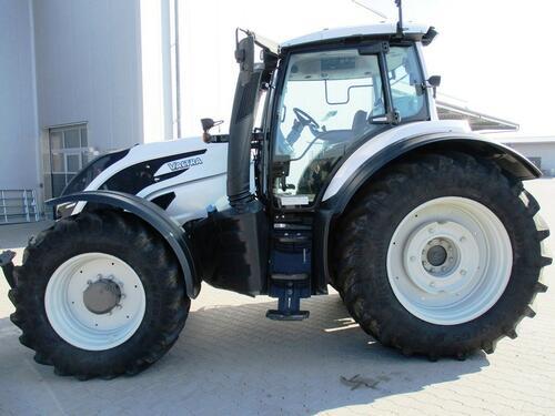 Traktor Valtra - T 174 EV VERSU