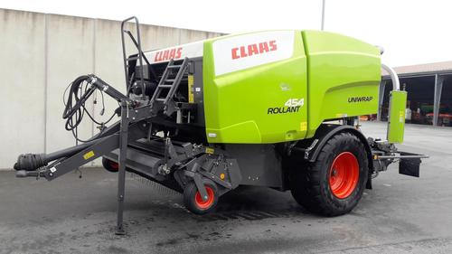 Claas Rollant 454 RC Uniwrap Year of Build 2019 Espelkamp