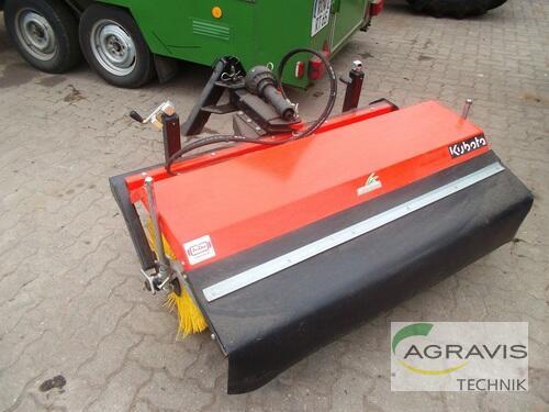 Kubota Kehrmaschine Frontanbau 120 Cm W26ts00516 Baujahr 2012 Gyhum-Nartum