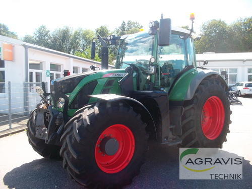Traktor Fendt - 724 VARIO SCR PROFI PLUS
