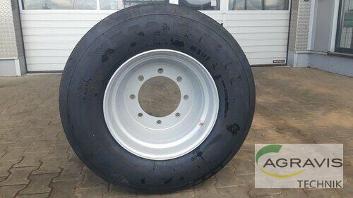 Bereifung Reifen Schläuche 445/45 R19,5 Baujahr 2019 Bardowick