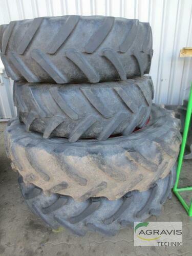 Michelin 13.6 R38 + 13.6 R24