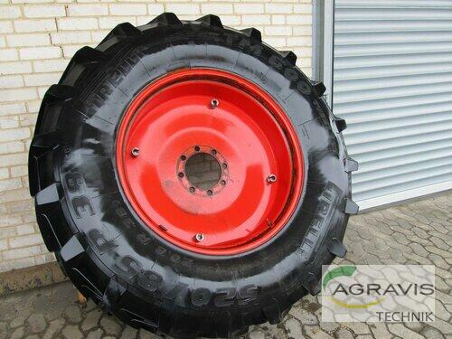 Pirelli 20.8 R 38 Söhlde-Hoheneggelsen