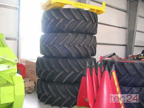 Claas 650-75 R 32 680-85 Conti -Goodyear