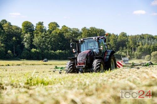 Valtra A 134 - Aktionsmaschine