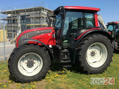 Valtra N121 Hitec Rok produkcji 2012 Czterokolowy