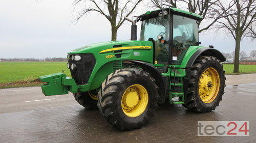 Tracteur John Deere - 7830