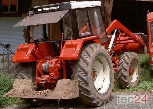INTERNATIONAL Ihc 744 Front Loader Year of Build 1980