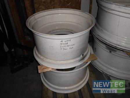 New Holland T 7000 Swb 15x28 Year of Build 2014 Heinbockel-Hagenah