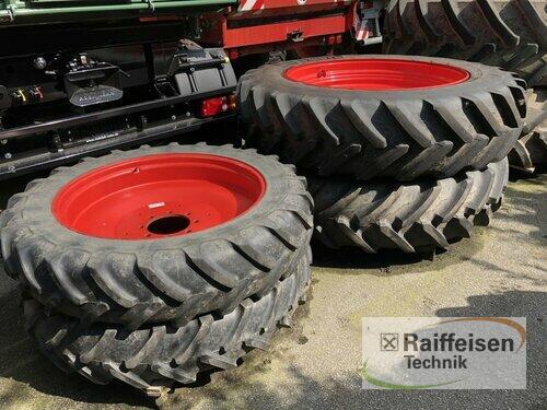Michelin 12.4 R38 + 480/80 R46