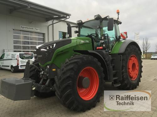 Traktor Fendt - 1046 Profi Plus