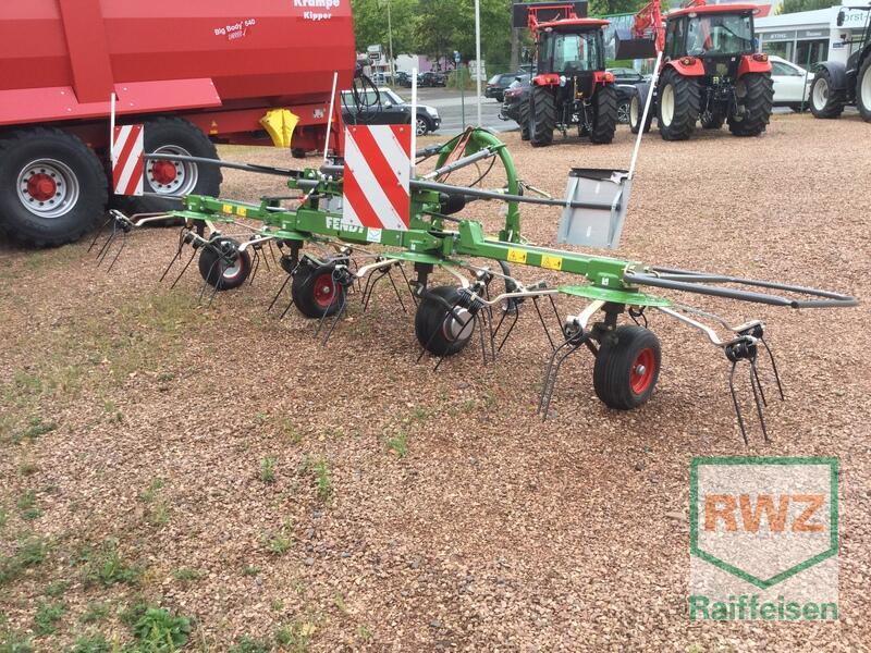 Showroom machine Hay Equipment: Fendt Twister 5204