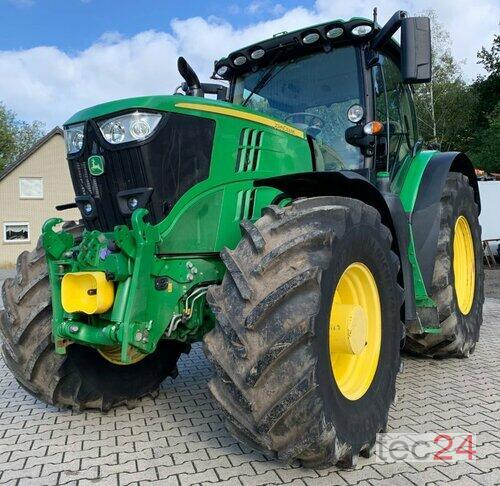 John Deere 6215R Allrad Traktor