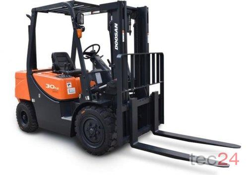 Doosan D30 G Plus Year of Build 2020 Steiningen