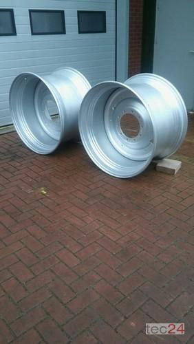 GKN Felgen Case Puma 23x42 (710/70r42) Year of Build 2014 Enschede