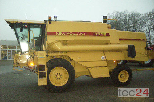 New Holland TX 32 Hydro Year of Build 1992 4WD