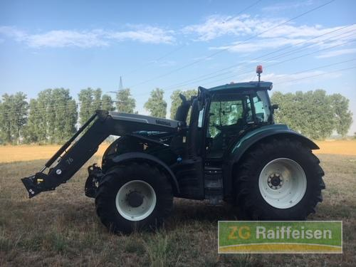 Valtra T214 Front Loader Year of Build 2015