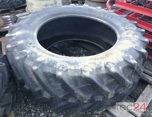 Pirelli 650/65R42