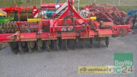 Pöttinger Terradisc 3001 Anul fabricaţiei 2013 Korneuburg