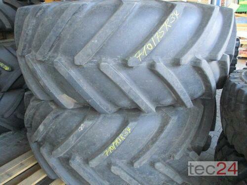 Michelin 2 x MegaxBib 710/75 R34