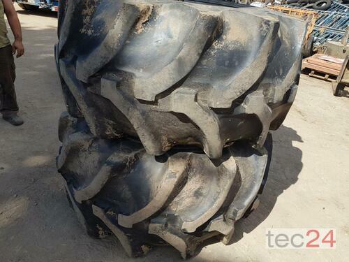 Good Year Mähdrescher Reifen mi 8 Loch Felge