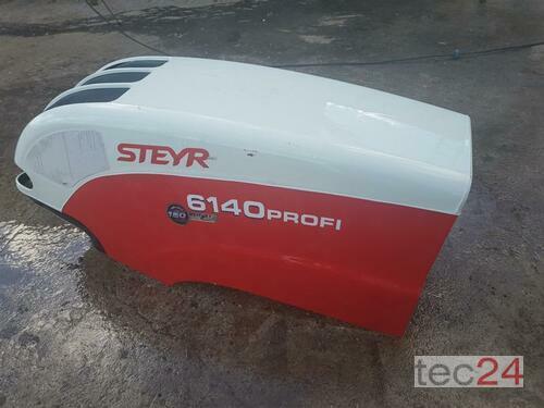 Steyr 6140 Motorhaube