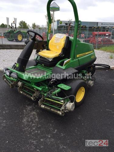 John Deere 8000 A Sportplatzmäher Year of Build 2016 Attnang-Puchheim