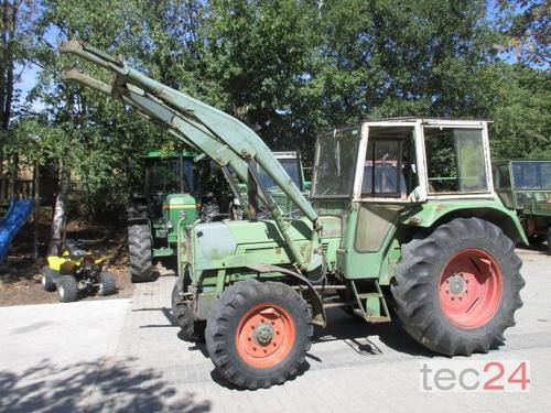 Traktor Fendt - Farmer 5 S mit Allrad , Frontlader