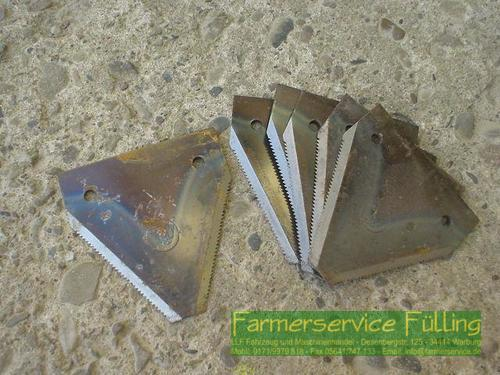 Claas Schneidwerksklingen Claas Axxx, Bohrung 5,5 cm, Preis für 6