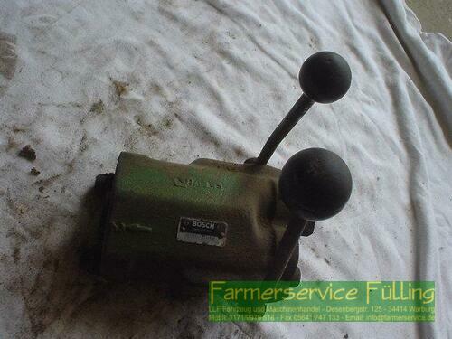 John Deere Steuergerät Bosch HY/S20 C57120A7596, 2 x EW