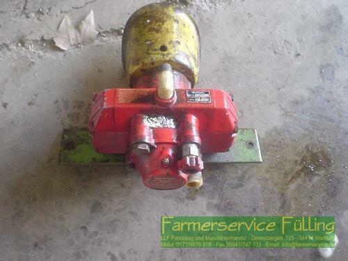 Holder Pumpe K100 Mit Rep. Frostschaden