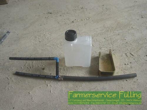 Deutz-Fahr - Vorratsbehälter Hydrauliköl mit Leitungen und Klammer, Pak