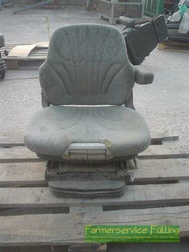 Grammer Sitz o. Typenschild, Kopfstütze fehlt