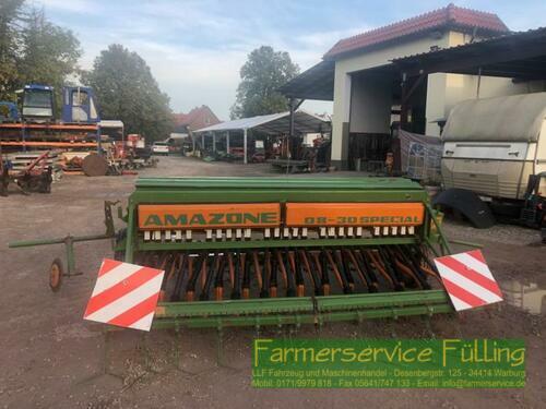 Amazone D8-30 Special Mit Exaktstriegel Und Hydr. Fg-Schaltung Warburg / Daseburg