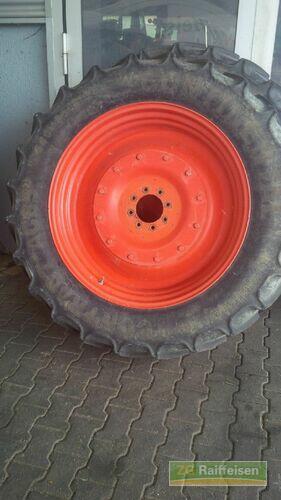 Claas Räder 340/85 R38 Paar