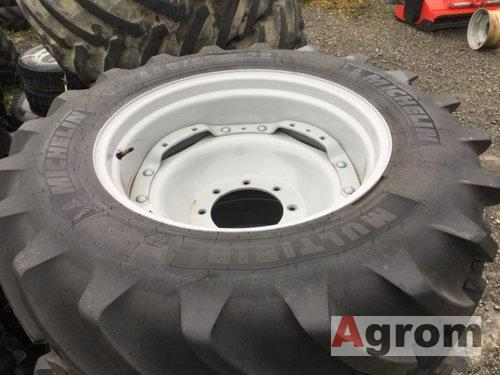 Michelin 440/65 R28