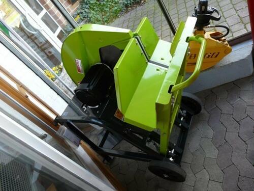Säge / Holzspalter Sonstige/Other - 700 E400 V